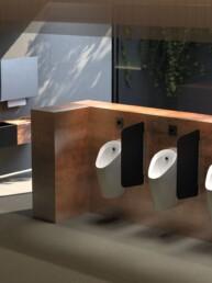 Urinoir Preda avec contrôle d'urinoir - Toilettes sans contact